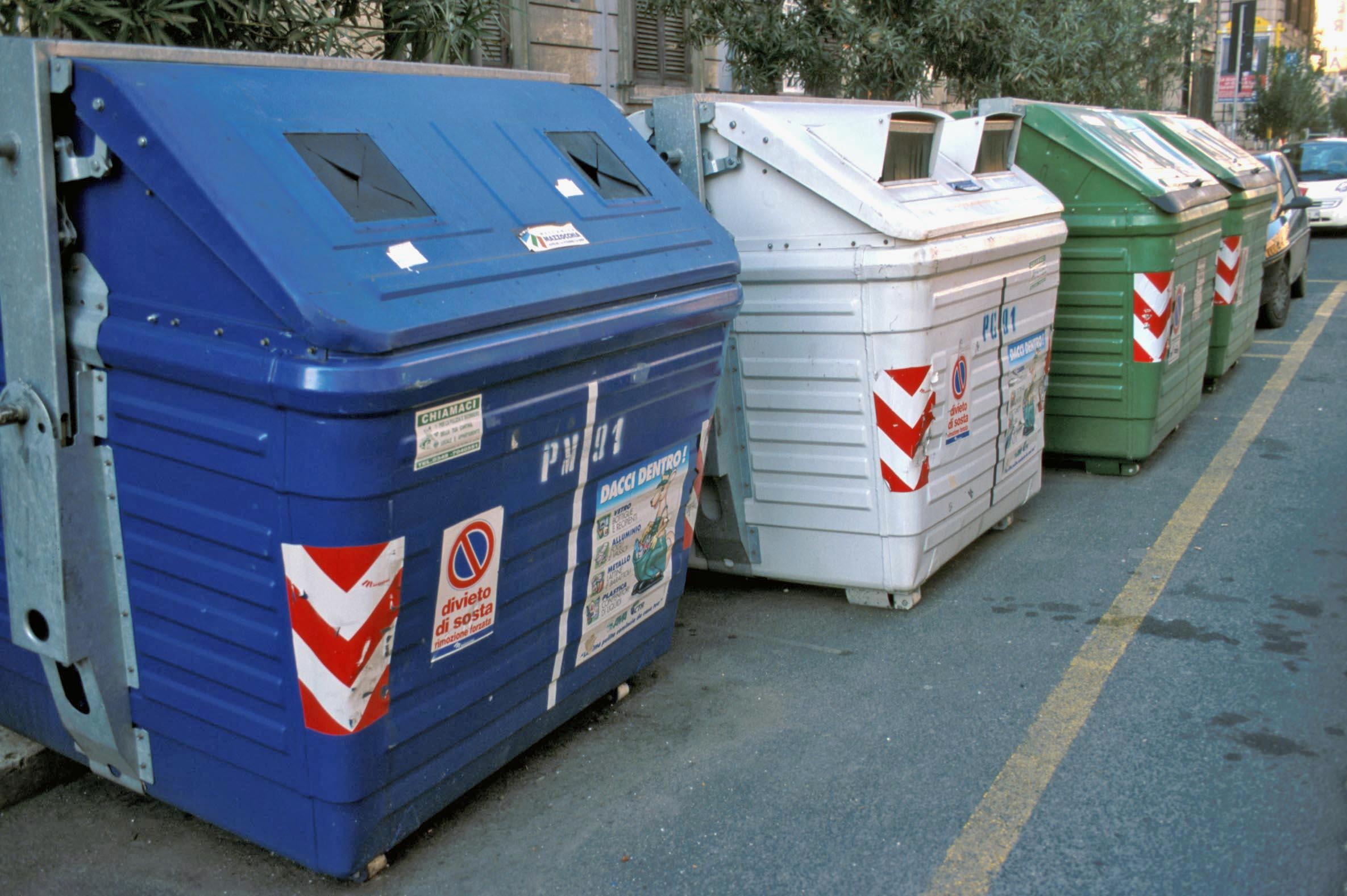 """Il """"mistero"""" della Tari: diminuiscono i rifiuti, ma la tassa è sempre più salata"""
